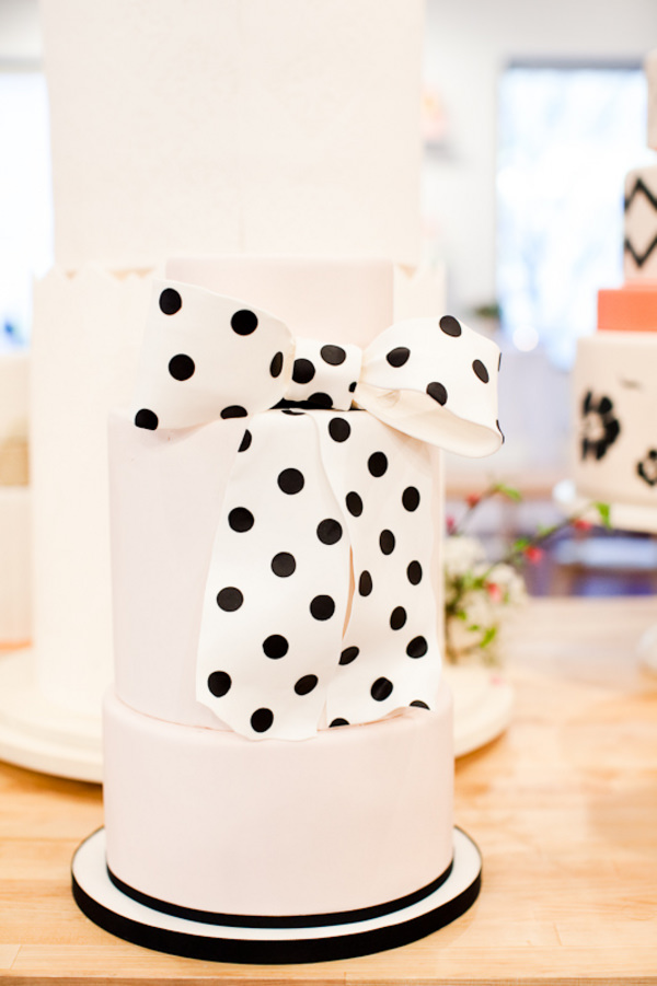 A-Black-and-White-Polka-Dot-Wedding-Cake