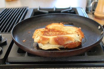 A_Grilled_Cheese_On_Skillet