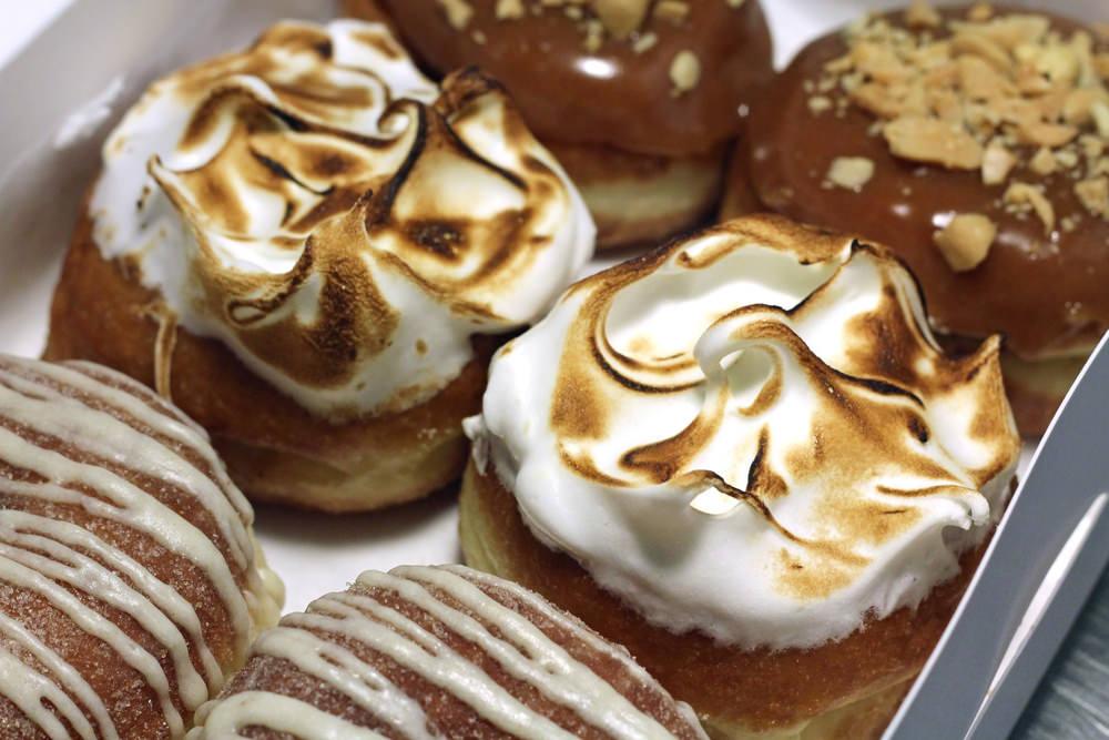 District_Doughnuts