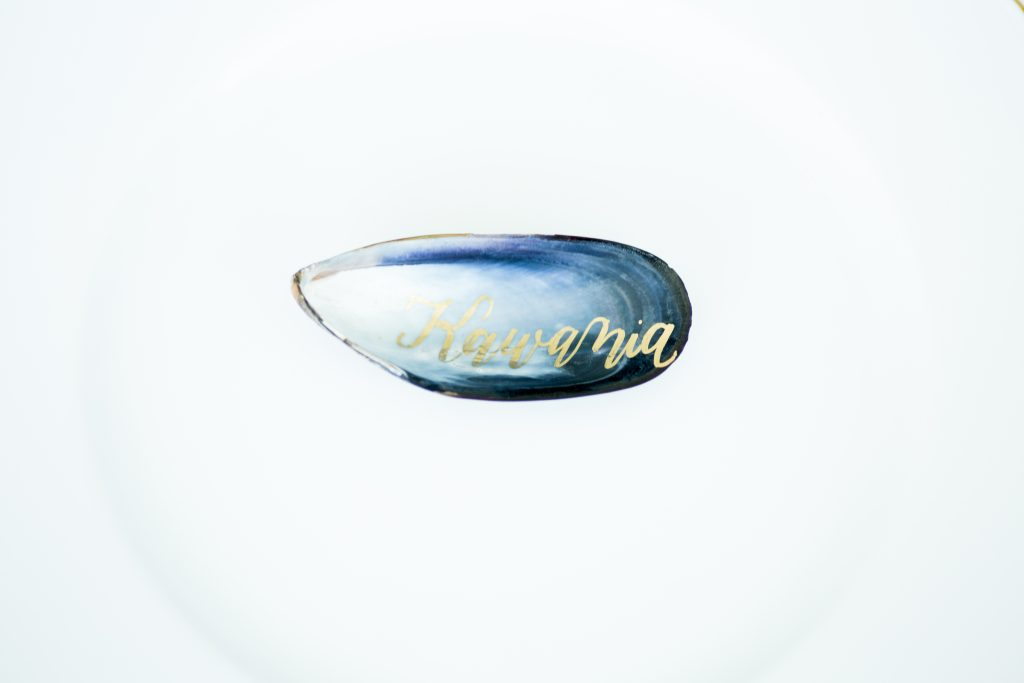 Mussel Place Card with Laura Hooper Calligraphy. Howerton+Wooten Events.