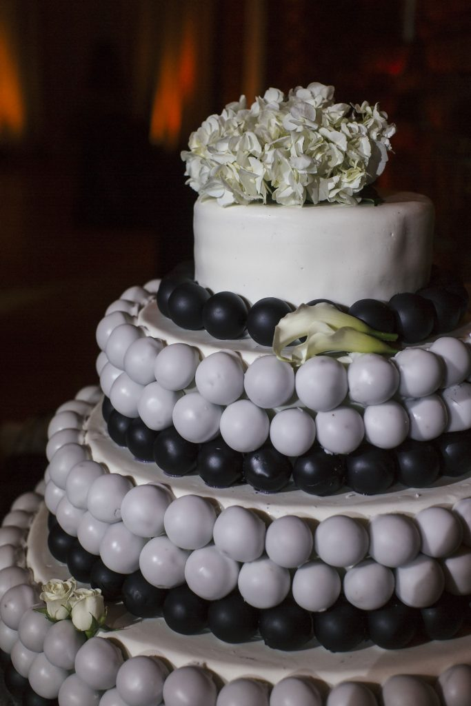 Black and White Cake Pop Wedding Cake. Howerton+Wooten Events.