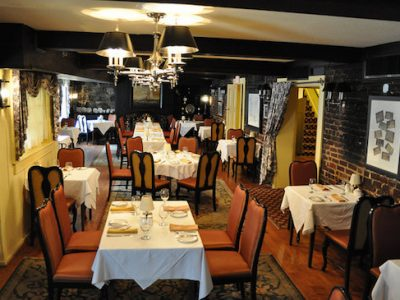 Venue Love: The Treaty of Paris is a Nice Restaurant for Popping the Question