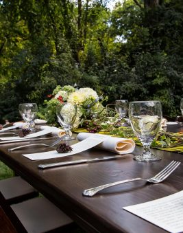 Rustic Estate Table. Howerton+Wooten Events.