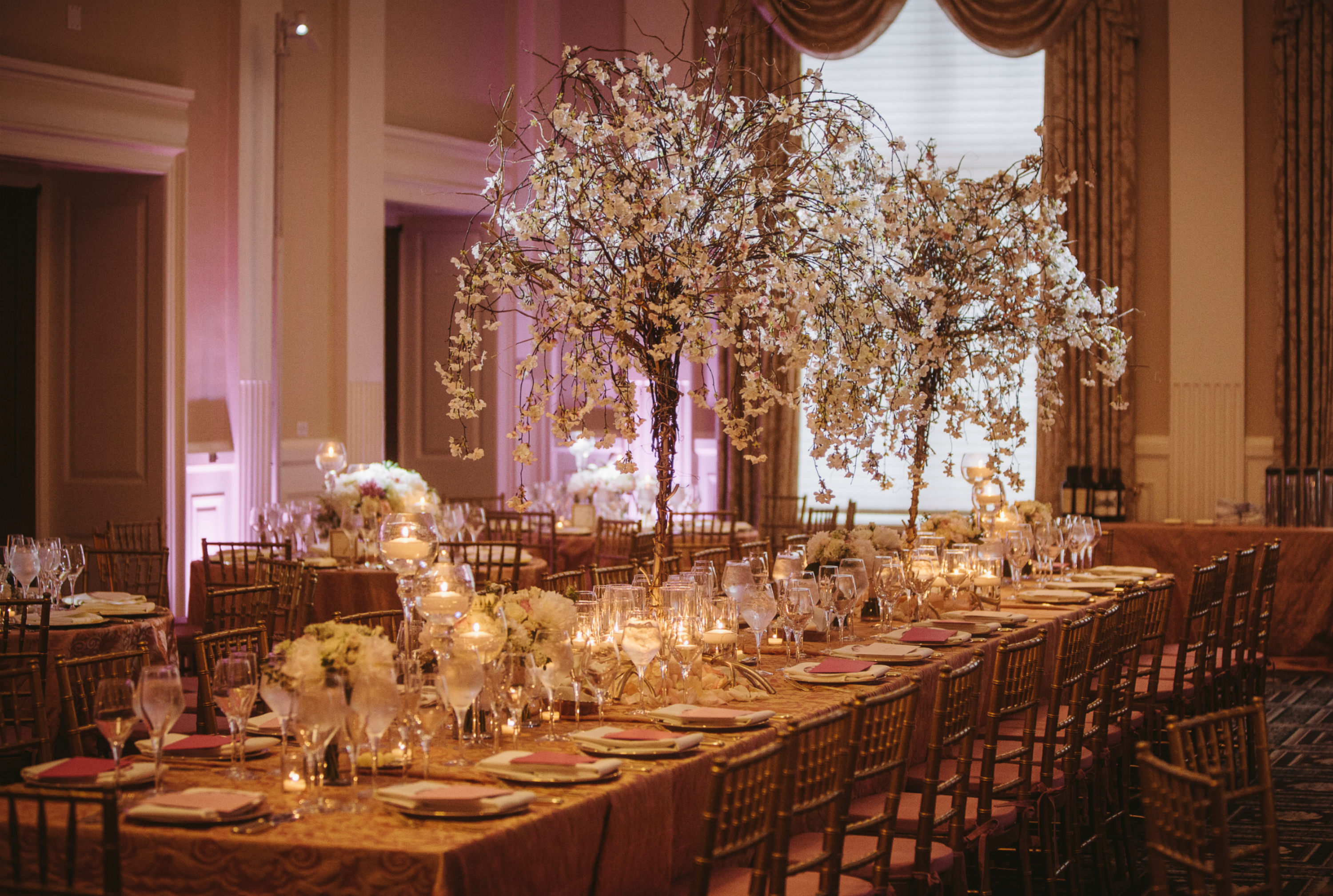 Blush and Gold Kings Table. Howerton+Wooten Events.