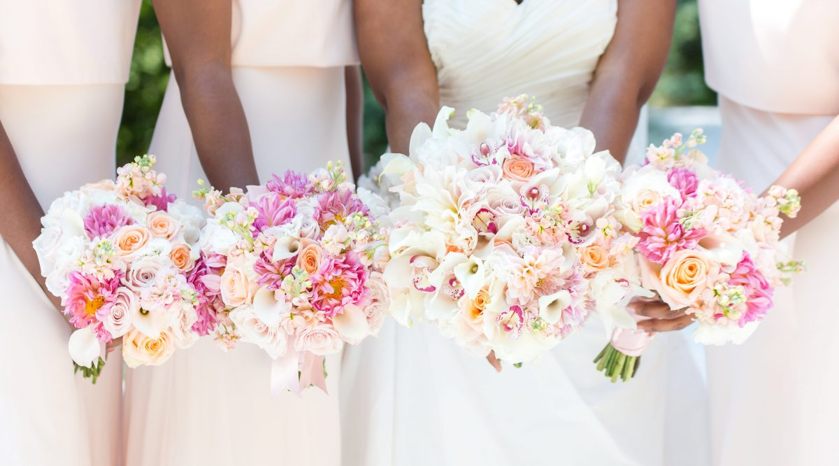 Best Time To Have A Wedding: It's The Best Time To Purchase Your Wedding Gown